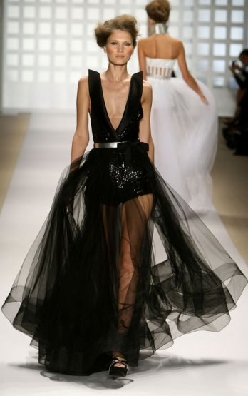Georges Chakra_Spring:Summer 2010/Kristian Dowling-Getty Images for Mercedes-Benz)