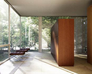 Farnsworth House by Mies van der Rohe Peter Guthrie_Furniture