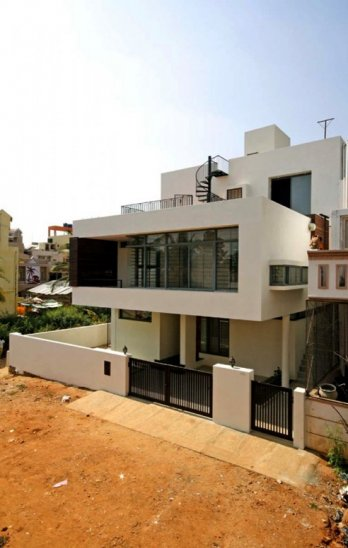 Satish Nayak Residence by The Design Firm/The Design Firm
