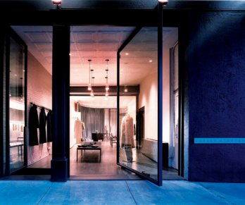 Stephan Jaklitsch /Shelly Steffee Store, New York, New York 2001_Paul Warchol.