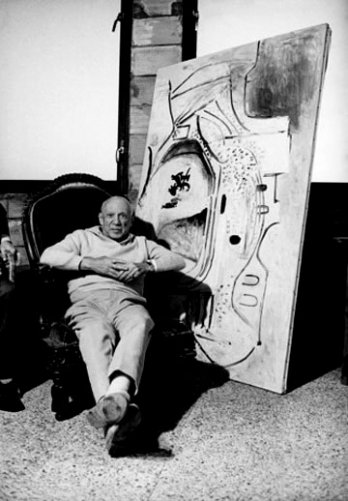 Kurt Wyss_Pablo Picasso is his atelier_France