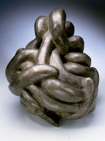 Louise Bourgeois_Clutching_1992