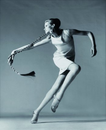 Richard Avedon_Veruschka, robe de Kimberly_New York, janvier 1967_© 2008 the Richard Avedon Foundation