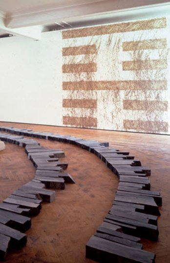 Richard Long_CORNWALLSLATELINESandMOUNTA