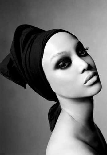 Vogue Italia_Tyra Banks by Steven Meisel