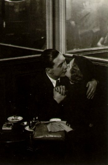 Brassai_Kissing in the cafe