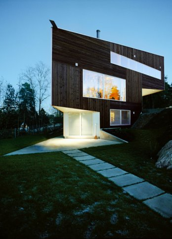 Triangle House by JVA/_west-night