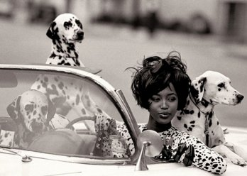 Model as Muse/Peter Lindbergh_Naomi Campbell_Geoffrey Beene, 1990