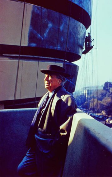 Frank Lloyd Wright : From Within Outward